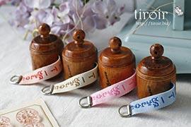 メジャー 木製の手巻き式 サジュー Sajouの手芸用品